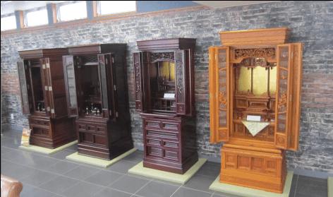 伝統的なデザインの仏壇
